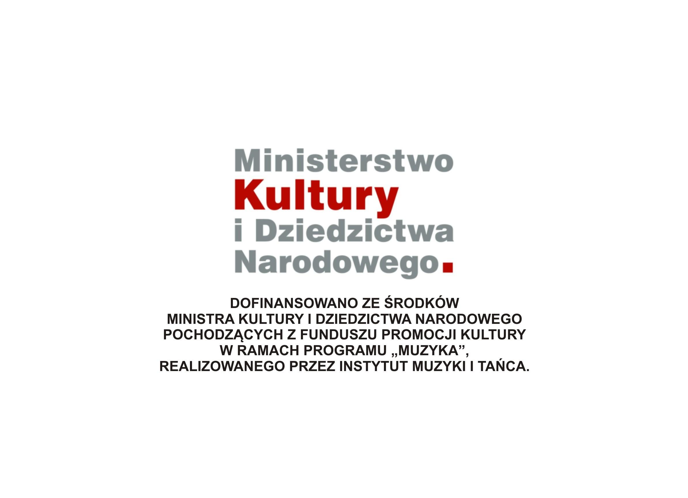 ministerstwo z napisem